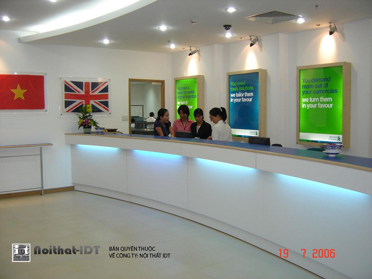 Thi công nội thất ngân hàng Standarchartered Bank